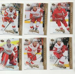 100 DIFFERENT  DETROIT RED WINGS CARDS w/STARS & INSERTS!!!