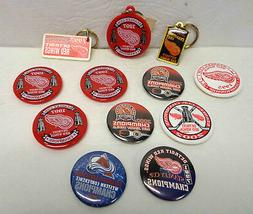 12 NHL Detroit Red Wings Key Chains and Pinbacks/Buttons!