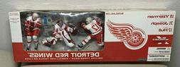 Detroit Red Wings Deluxe 3-Pack Yzerman, Joseph, Hull, McFar