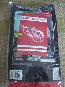 DETROIT RED WINGS OUTDOOR TEAM FLAG/BANNER  ~NEW IN PACKAGE~