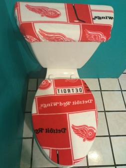 DETROIT RED WINGS SQUARES  FLEECE TOILET SEAT COVER SET