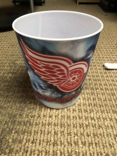 detroit red wings plastic hockey wastebasket new